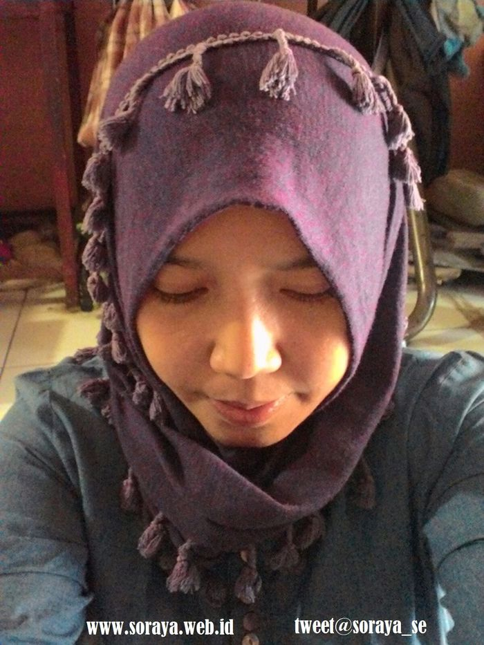 photo contact soraya selfie gadis berjilbab