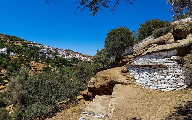 Σε ποιο ελληνικό νησί βρίσκεται το λιοντάρι με το αινιγματικό χαμόγελο