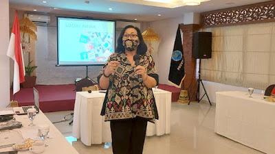 Public Speaking dan Media Sosial Skill P4GN BNN Bali - Santy Sastra Public Speaking