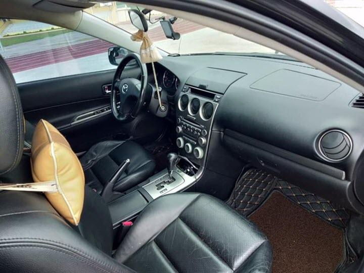 Xe hiếm Mazda6 dùng động cơ Ford Escape tại Việt Nam