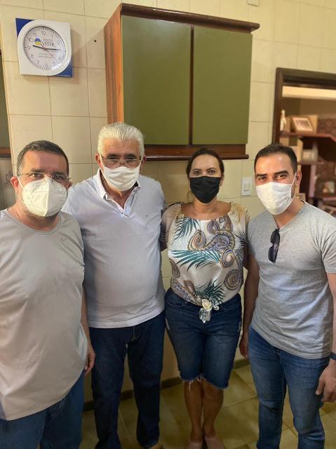 Prefeito Júnior Marabá valoriza os servidores de LEM. E porque Barreiras não?