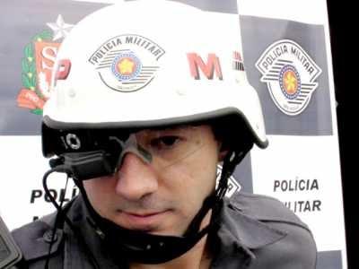 bc514f7132d92 Óculos da PM que mostra bandidos com realidade aumentada