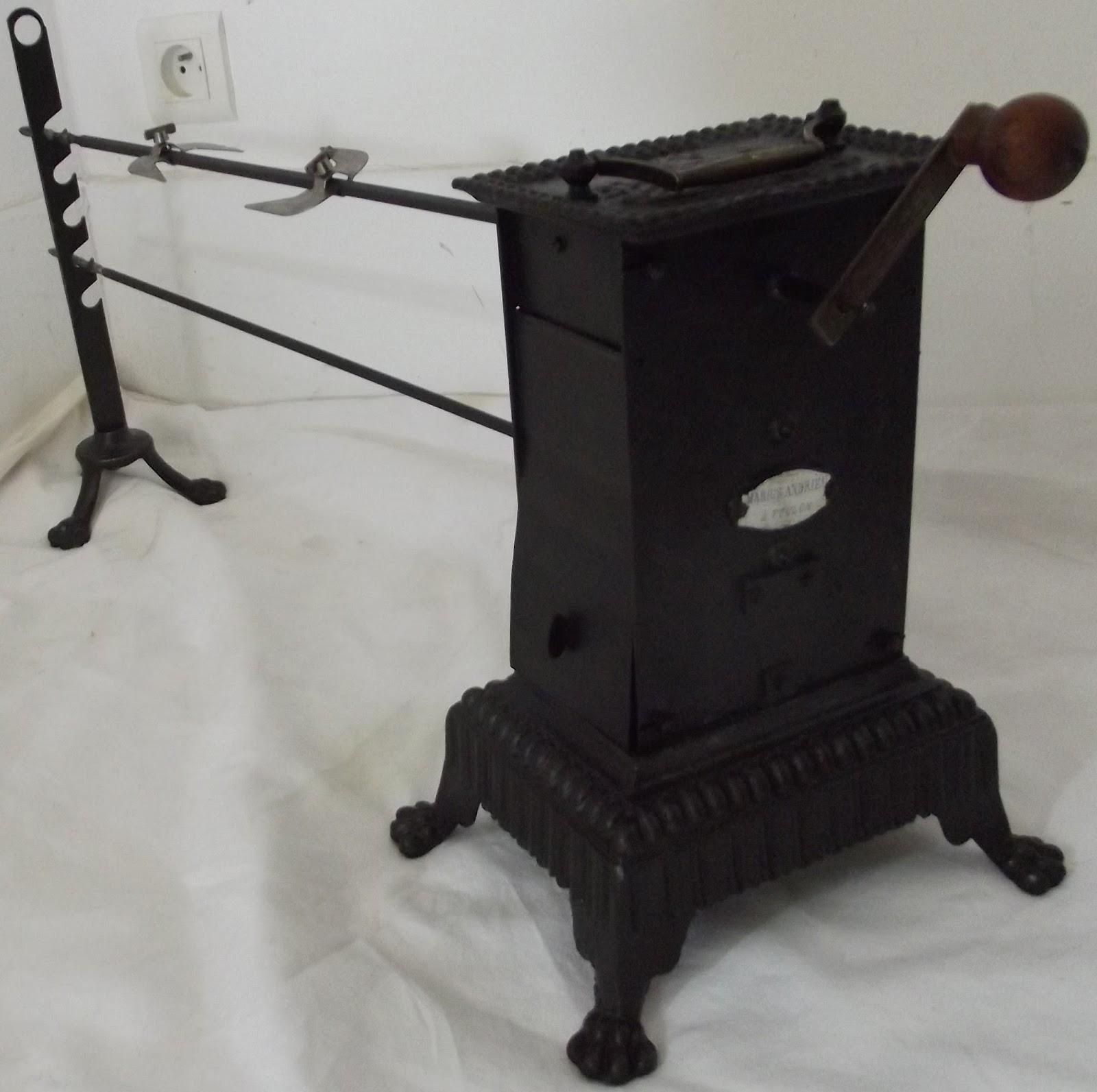 tourne broche ensemble complet. Black Bedroom Furniture Sets. Home Design Ideas