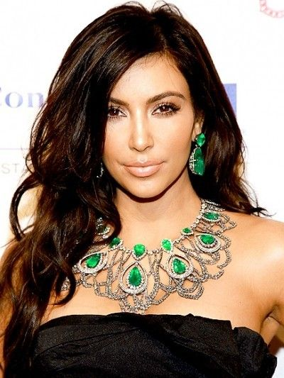 KIM KARDASHIAN ROBBED OF $11MILLION WORTH OF JEWELLERY BY PARIS GUNMEN WHO DISGUISED AS POLICEMEN