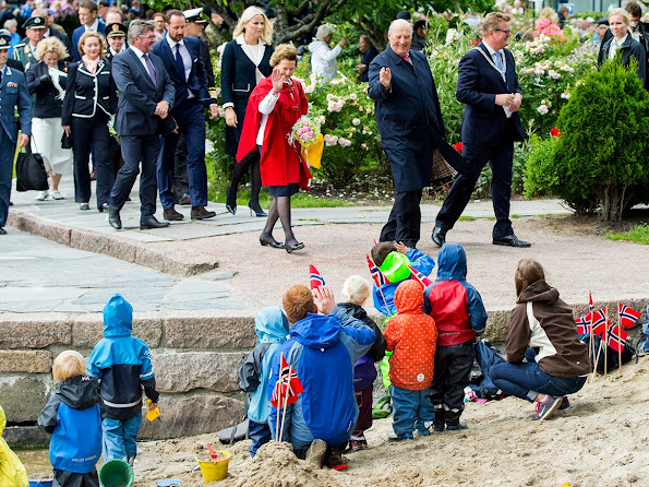 King Harald, Queen Sonja, Crown Prince Haakon and Crown Princess Mette-Marit visited Kristiansand,
