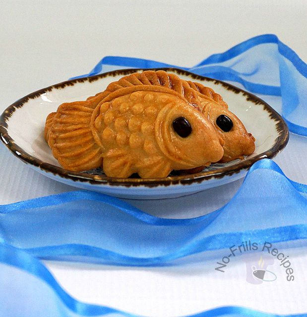 Why Are Lotus Paste Used For Moon Cakes