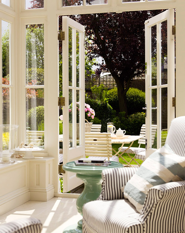 Dreamy Sunrooms & Porches