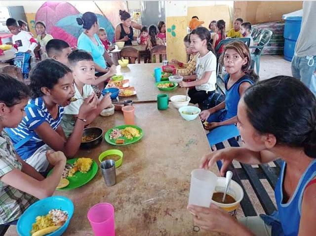 FUNDACIÓN CREADORES ATENDIÓ A MÁS DE 1.000 PERSONAS EN SEMANA SANTA