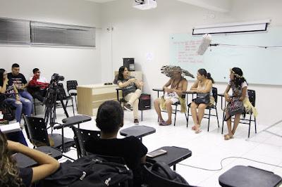 Resultado de imagem para Professores de comunidade indígena palestram no UNINTA
