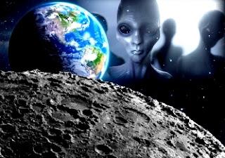 Luna locuita de ființe inteligente !