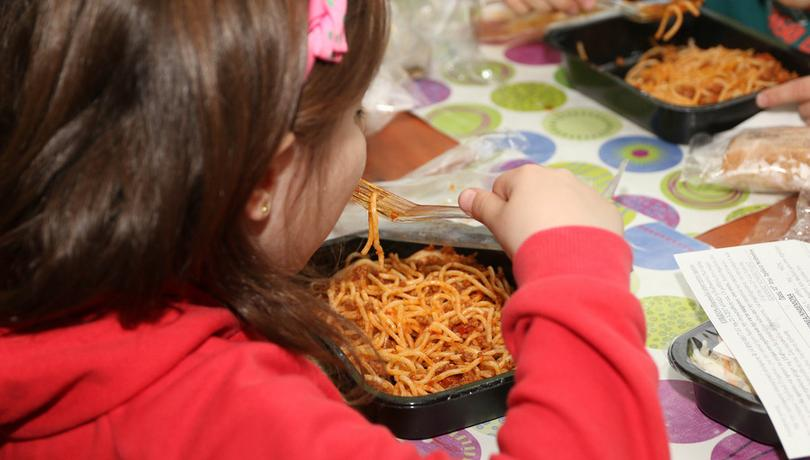 Σχολικά γεύματα για 185.311 μαθητές και μαθήτριες