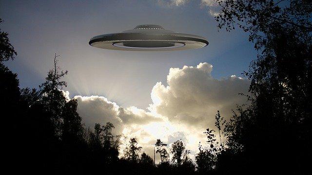 नाच या कुछ और : Alien Story in hindi