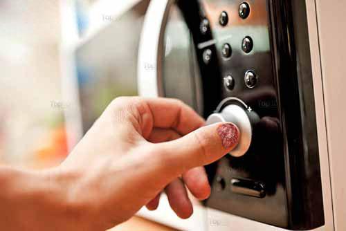 Cách làm son dưỡng môi hiệu quả nhất tại nhà bạn đã biết chưa?