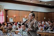 Wabup Kubu Raya: Hadir Di Konsultasi Publik Rancangan Awal RKPD Pemprov Kalbar Menyampaikan Kepentingan Pembangunan Kubu Raya