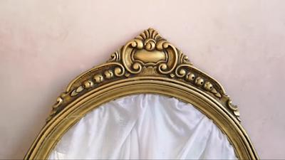 إطار مرآة خشب بعد التعتيق بلون ذهبي