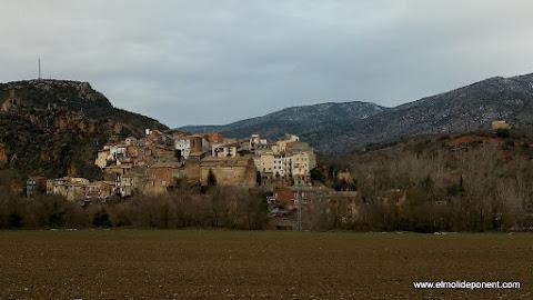 Alòs de Balaguer des de la carretera de Rubió