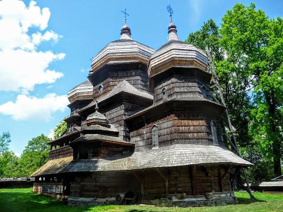 Дрогобыч. Церковь святого Юра. Под защитой ЮНЕСКО