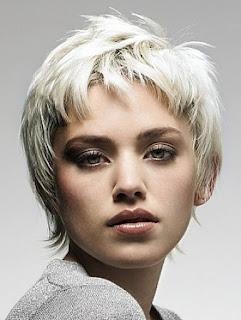 5 Potongan Rambut Pendek Untuk Wajah Bulat