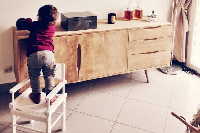 accidentes comunes con niños en el hogar