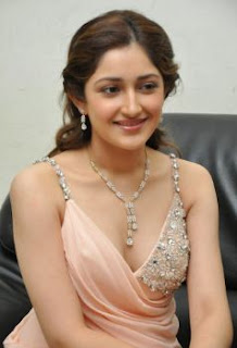 Sayyeshaa Sehgal Family Husband Parents children's Marriage Photos