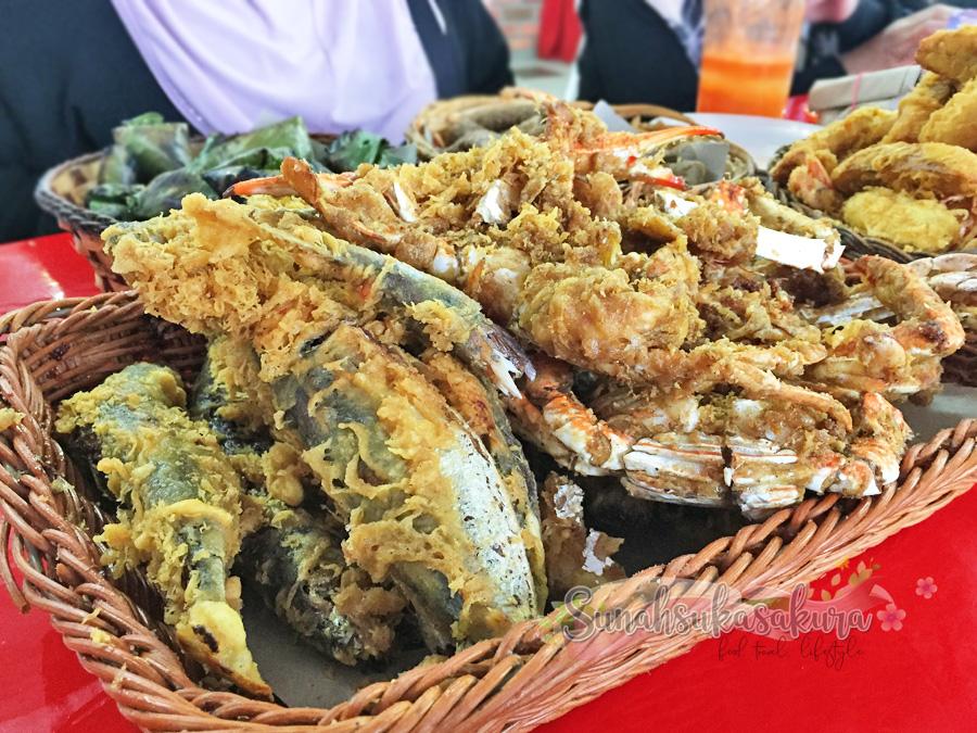 Ikan Celup Tepung Tanjung Penyabong, Mersing, Johor