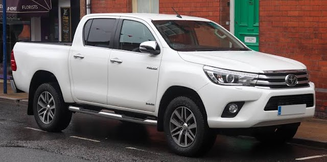 Toyota Hilux: Pick-up truck for India!!