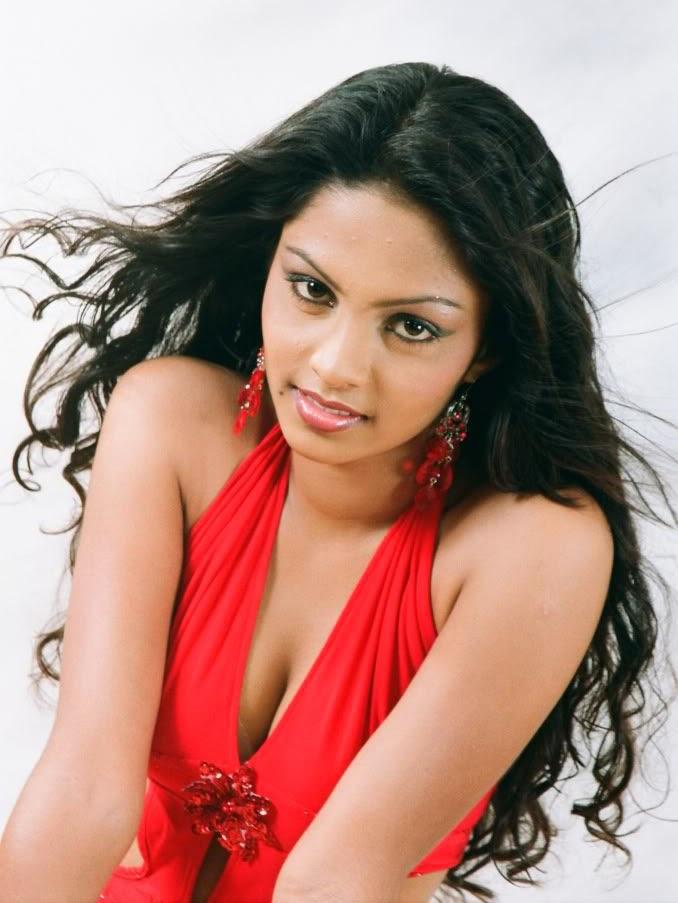 Beautiful Sri Lankan lady