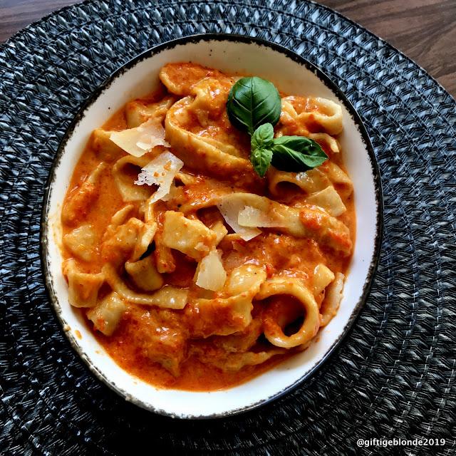 Pastasoße mit gegrillten Paprika