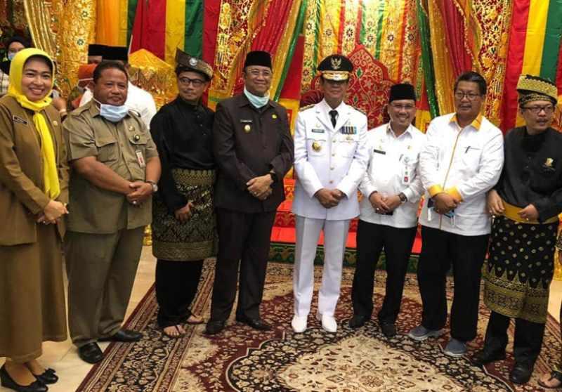 Hadiri Acara Penyambutan Gubernur Kepri, Wakil Bupati Karimun Anwar Hasyim Lakukan Test Swab