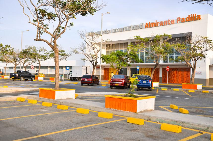https://www.notasrosas.com/Aeropuerto Internacional 'Almirante Padilla' publica Balance Comparativo de Operaciones