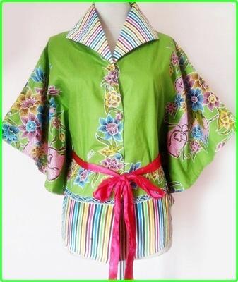 Model baju batik wanita modern warna hijau