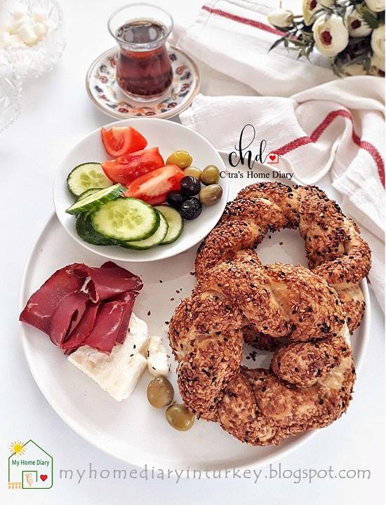 Simit. Turkish round bread (Poolish method). | Çitra's Home Diary. #simitrecipe #turkishsimit #turkishbagel #simitfoodphotography #breakfast #bagelrecipe #resepmasakanturki