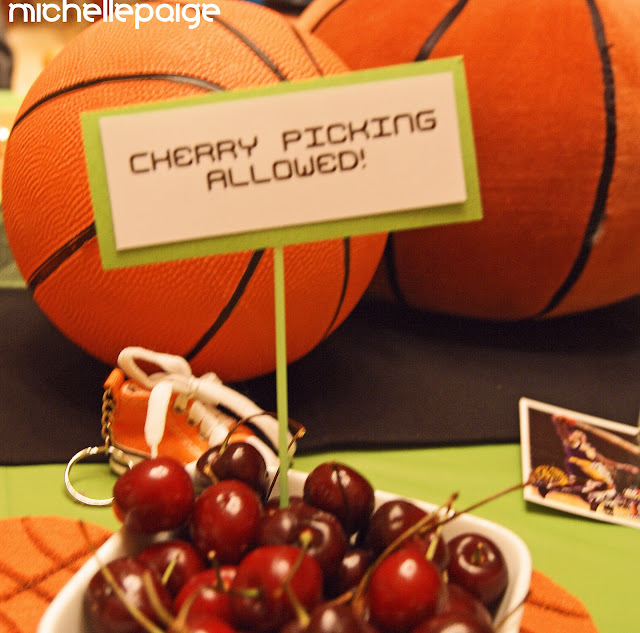 Michelle Paige Blogs: Basketball Party--March Madness