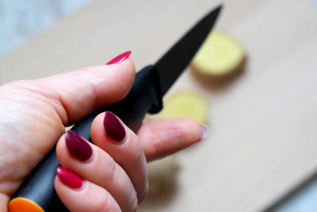 wrzodziejące zapalenie jelita grubego,WZJG, dieta przy WZJG, Fiskars noże,detoks,jaglany detoks,marek zaremba,zupy na zgagę, krem z batatów,dobre noże.
