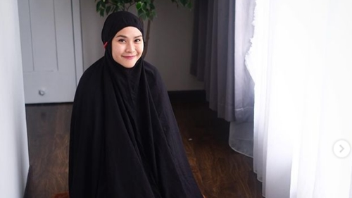 Zaskia Adya Mecca Protes Cara Bangunkan Sahur dengan Toa Masjid: Gak Menghargai Orang Lain