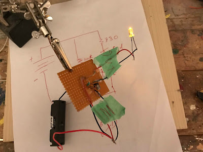 A very simple circuit to turn something on when it gets dark out