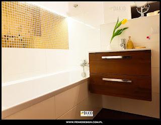 egzotyczna złota łazienka
