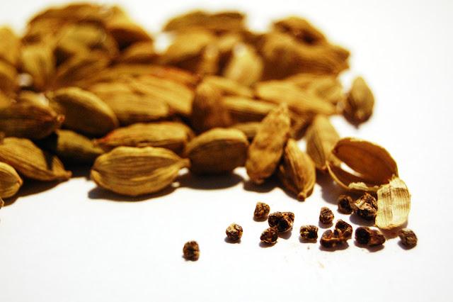 इलायची के फायदे || benifits of cardamom || ilayachi ke fayde