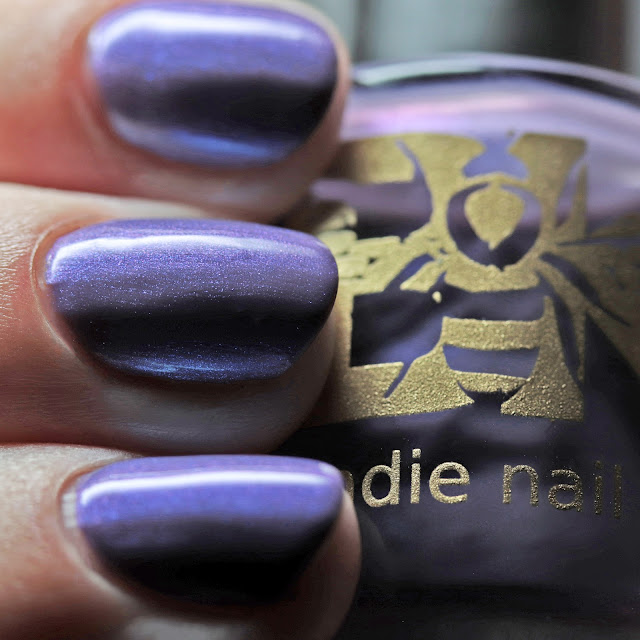 Bee's Knees Lacquer Skooma