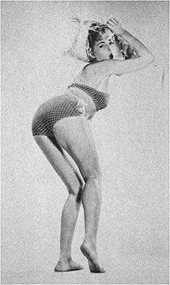 http://pics.wikifeet.com/Barbara-Nichols-Feet-2039201.jpg