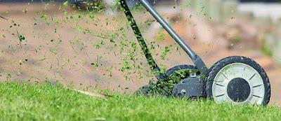 Ukuran Takaran Bahan Bakar Bensin Campur Untuk Mesin Potong Rumput
