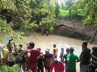 Mandi di Sungai, Pelajar SMP Tewas Tenggelam di Sungai Besuki