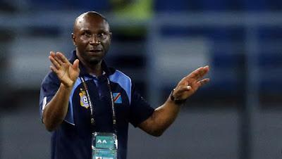 مدرب الكونغو يهنئ مصر على الفوز فى مباراة  مصر والكونغو