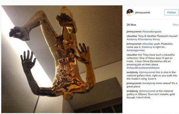 imagen subida a la cuenta de alefantis con la escultura de tony podesta