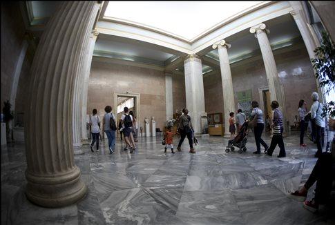 Χωρίς πωλητήρια και αναψυκτήρια αρχαιολογικοί χώροι και μουσεία