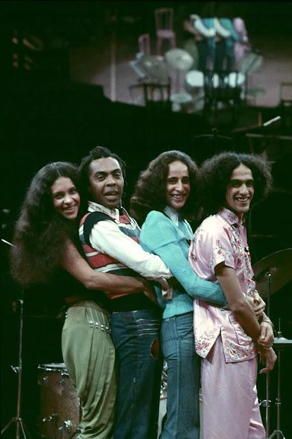 Doces Bárbaros (1976)