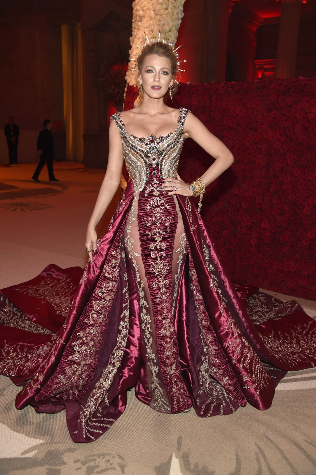 a08c5cd756a Blake Lively is beyond gorgeous at the 2018 Met Gala