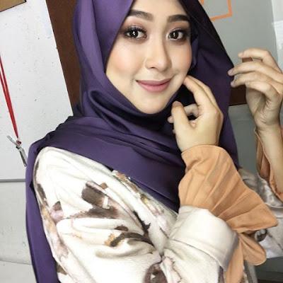 Biodata Dayah Bakar Hos Jom Singgah TV3