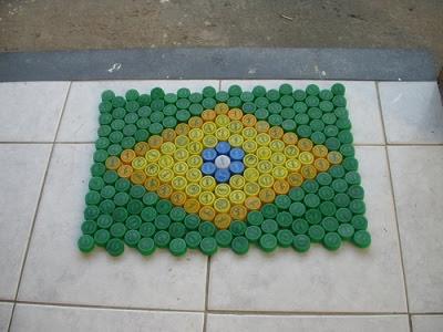 reciclar reciclagem tampinha tampinhas garrafa pet artesanato sustentabilidade sustentavel tapete capacho tapetinho