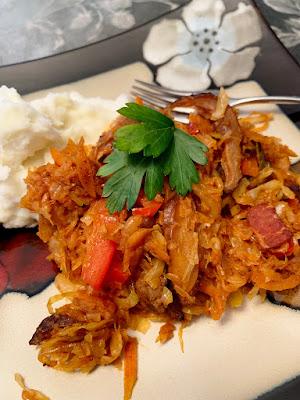 Beef and Sauerkraut Casserole or Tushena Kapusta
